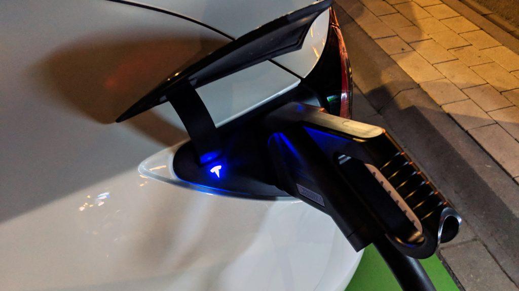 Tesla Model 3 Tipps & Tricks - Das kostenlose Laden