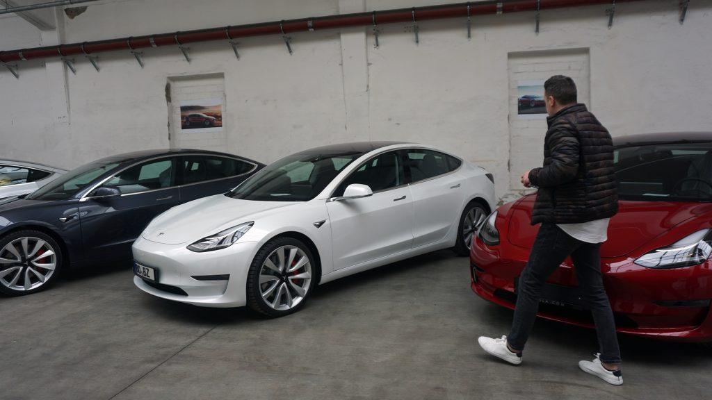 Tesla Model 3 Performance Auslieferung