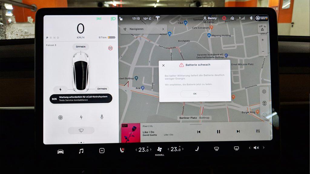 Tesla Model 3 Reichweiten-Warnung beim Zwischenstopp