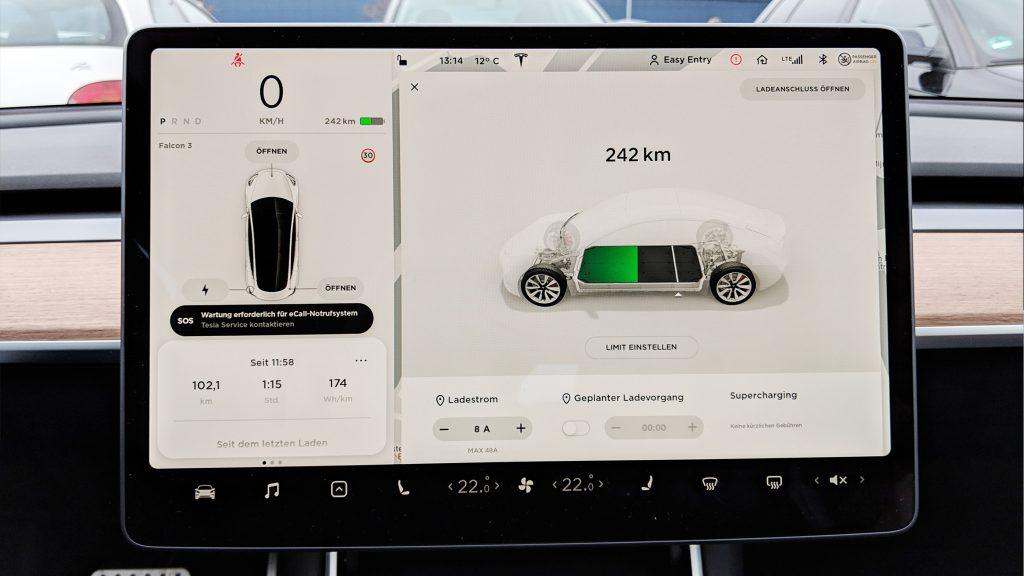 Tesla Model 3 Reichweiten Anzeige nach 101km